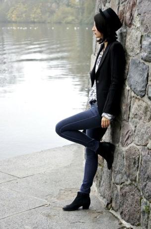 Jeans und Hut