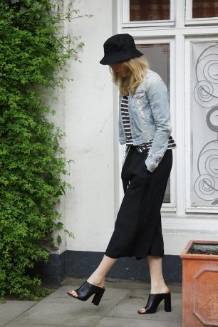 Outfit-Post: Culottes und Fischerhut